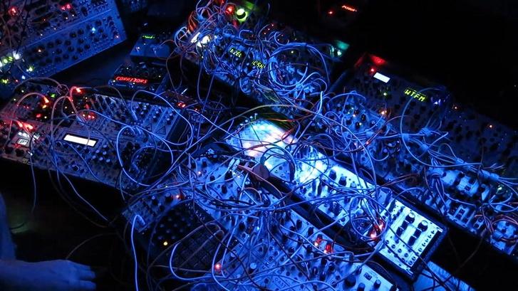 Фото №3 - В Москву на Synthposium съезжаются ди-джеи и электронщики со всего мира