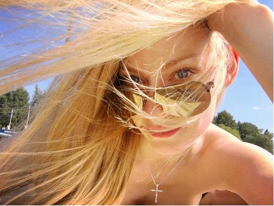 Фото №9 - Флешмоб «Голая попа на фоне пейзажа», Светлана Ходченкова, Эмбер Херд и другие самые сексуальные девушки этой недели