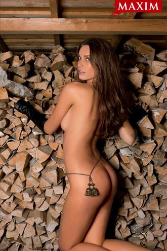 Фото №3 - Антипохмельная фотосессия №2. Юлия Югай из рекламы шампуня «Чистая линия»: «У меня четыре фишки: лицо, грудь, волосы и непосредственность»