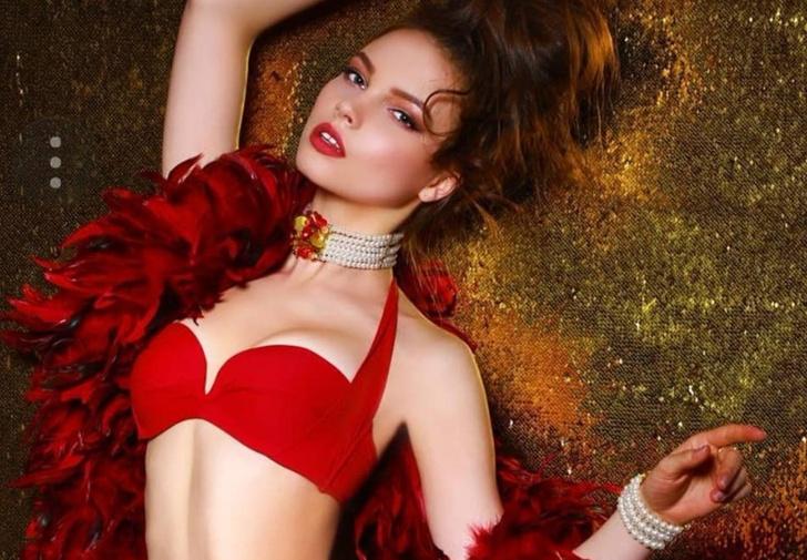 Фото №1 - «Мисс Россия — 2018» Юлия Полячихина! Фото без короны и лишних экивоков!