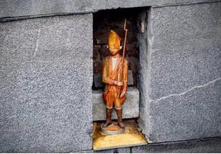 Росгвардия похвалилась предотвращением кражи скульптуры из Русского музея, но она оказалась безделушкой