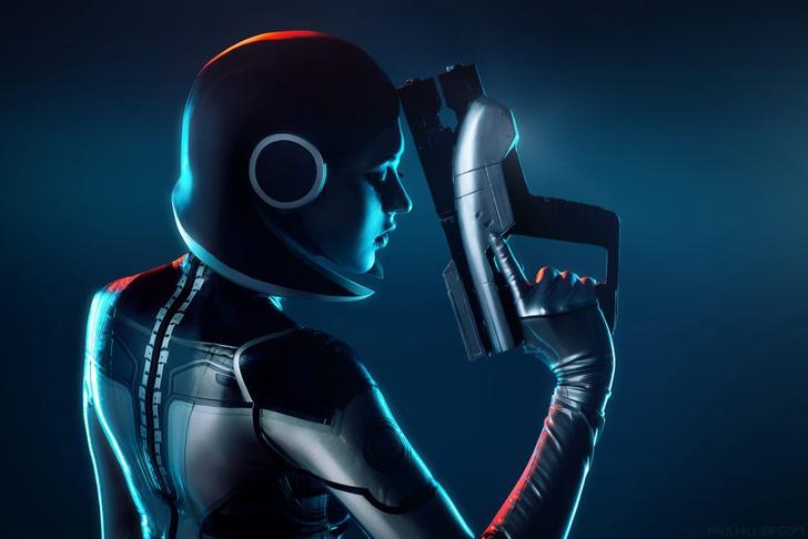 Фото №5 - Самый сексуальный косплей героини игры Mass Effect
