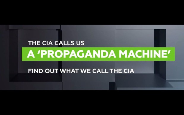 Фото №2 - Телеканал Russia Today вывесил издевательскую для американцев рекламу в российских аэропортах