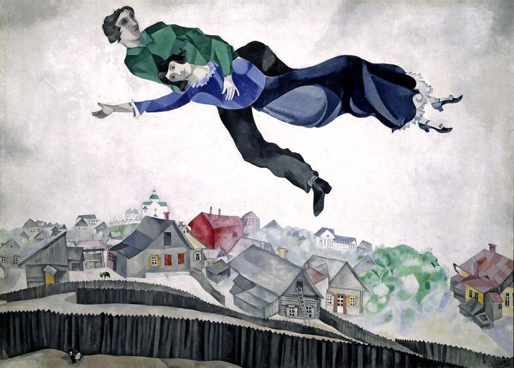 Фото №1 - На Сахалине с балкона сдуло бабку