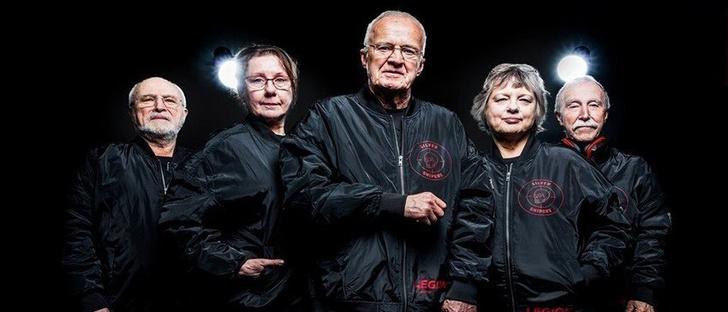 Фото №2 - В бой идут одни старики: команда пенсионеров выступит на турнире по CS: GO