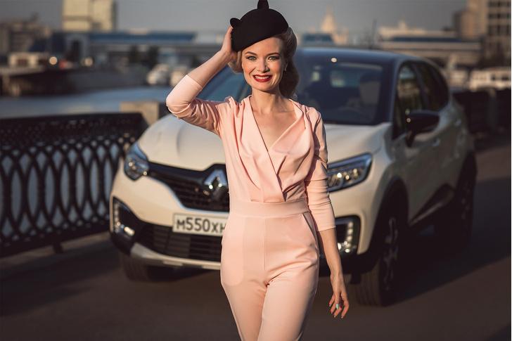 Фото №1 - Как связаны первая девушка-барбер Москвы и Renault Kaptur Extreme