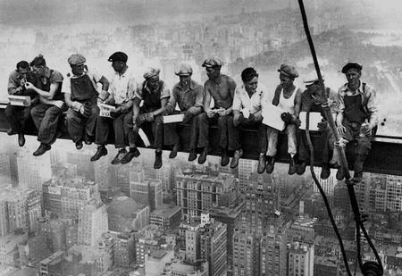 Важнейшее научное открытие: физический труд убивает мужчин (а женщинам продлевает жизнь)