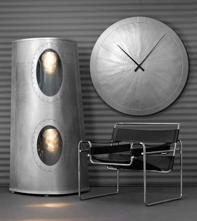 Лампа из сигнальных огней «Боинга»