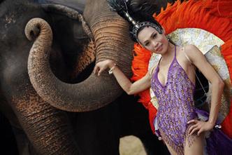 Фото №1 - Легко: отличить трансвестита в Таиланде