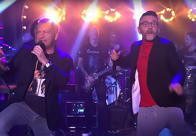 Фото №1 - Шнур и Агутин исполнили дуэтом песню «Какая-то фигня»
