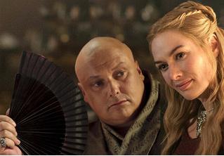 Серсея и Варис выложили совместное фото с места съемок «Игры престолов»! Куда смотрит HBO?