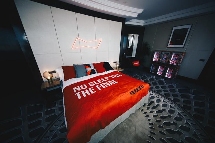 Фото №2 - BUD Hotel: открытие самого стильного отеля мирового первенства