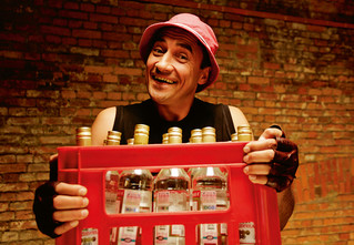 4 химических опыта помогут тебе выявить хорошую водку