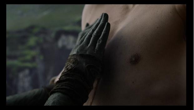Фото №4 - 5 важных моментов в третьей серии «Игры престолов», которые ты, скорее всего, пропустил