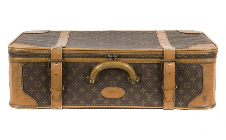 Фото №1 - У москвича похитили чемодан «Доширака»