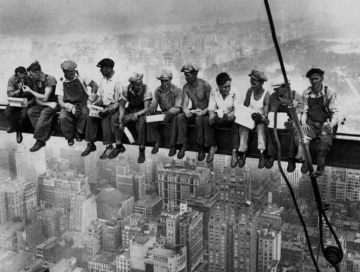 Фото №1 - Важнейшее научное открытие: физический труд убивает мужчин (а женщинам продлевает жизнь)