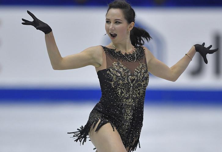 Фото №1 - Твит дня: та самая российская фигуристка, устроившая «стриптиз» на льду, выложила провокационное фото