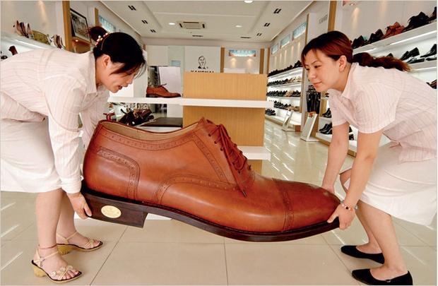 Фото №3 - Познай свою обувь. Как ботинки влияют на твое здоровье, а твой характер — на ботинки