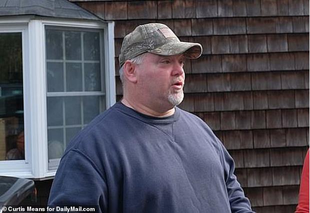 Фото №1 - Мужчина копался в подвале дома и нашел скелет пропавшего более полувека назад отца