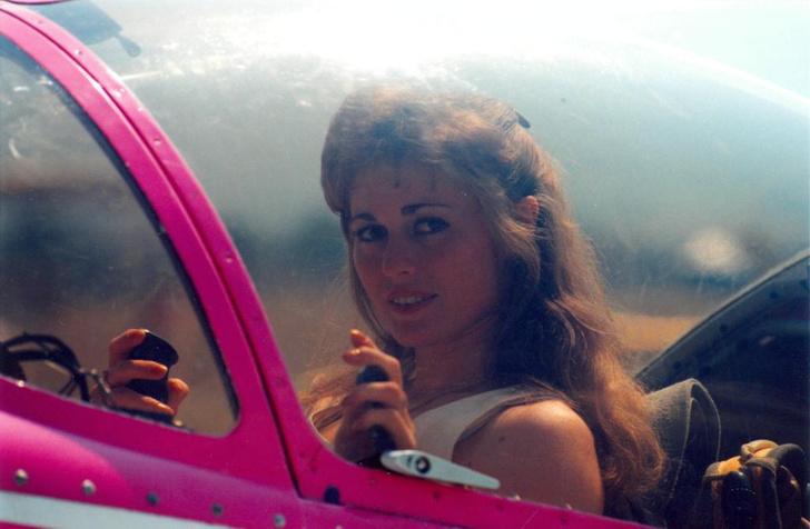 Фото №1 - Привет из-под купола неба: невероятная женщина-пилот Светлана Капанина за любимым делом