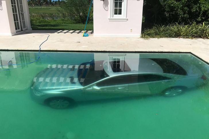 Фото №2 - Российская фотомодель утопила в бассейне роскошный «Мерседес» богатого бойфренда!