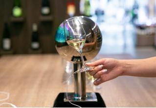 Музыка из вина: саунд-инсталляция от SimpleWine