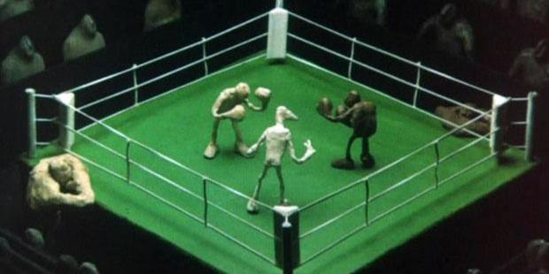 Фото №1 - Почему боксерский ринг квадратный, если слово ring означает круг?