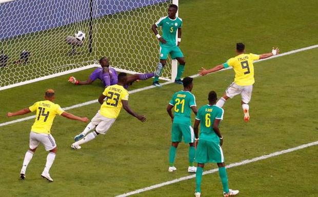 Фото №1 - ФИФА, ну почему ты так не любишь африканцев?!