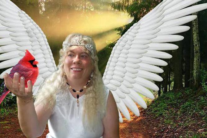 Фото №4 - Богиня Фотошопа: женщина поразила пользователей Facebook  своими фотографиями