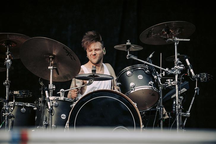 Фото №34 - Что творилось на недавних концертах Red Hot Chili Peppers, Ланы Дель Рей, «Сплина» и других рокеров