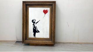 Режиссерская версия уничтожения картины Бэнкси на аукционе (видео)