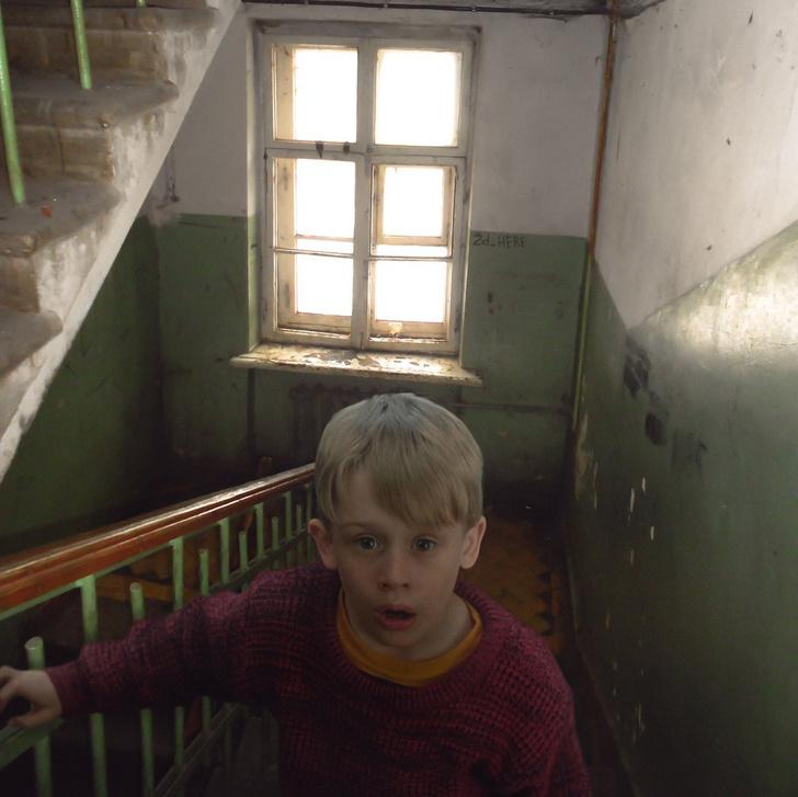Фото №22 - Вот что получилось бы, если бы голливудские фильмы снимали в России!