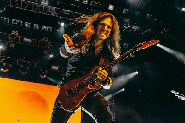 Фото №14 - Megadeth подняли температуру в Москве — посмотри и приобщись!