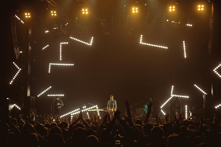 Фото №23 - «Мумик-Кон»: пиратская копия концерта группы «Мумий Тролль» утекла в сеть