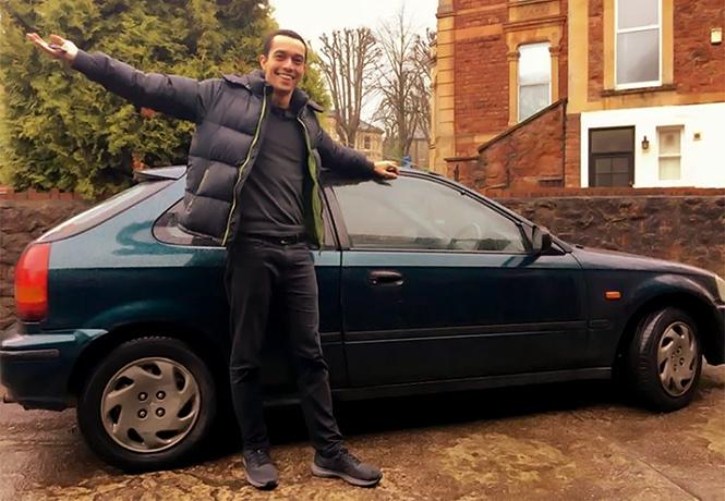 Фото №1 - Можно и так: парень купил машину вместо билета на поезд. Потому что дешевле!