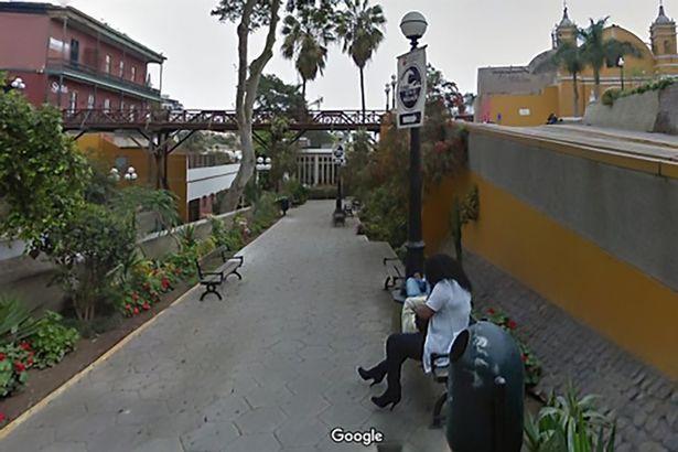 Фото №1 - Мужик случайно узнал об измене жены благодаря картам Google