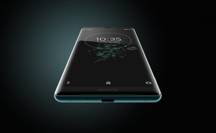 Фото №4 - Любовь с первого использования: Xperia XZ3 скоро поступит в продажу