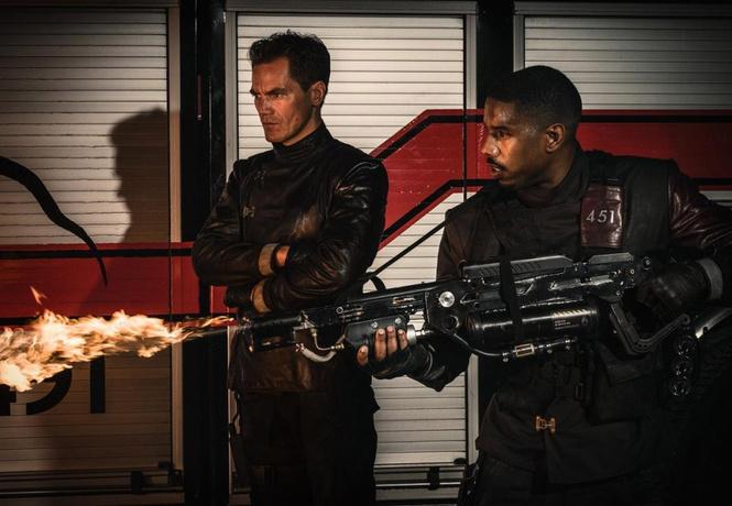 Винтернете появился 1-ый трейлер фильма «451 градус поФаренгейту»