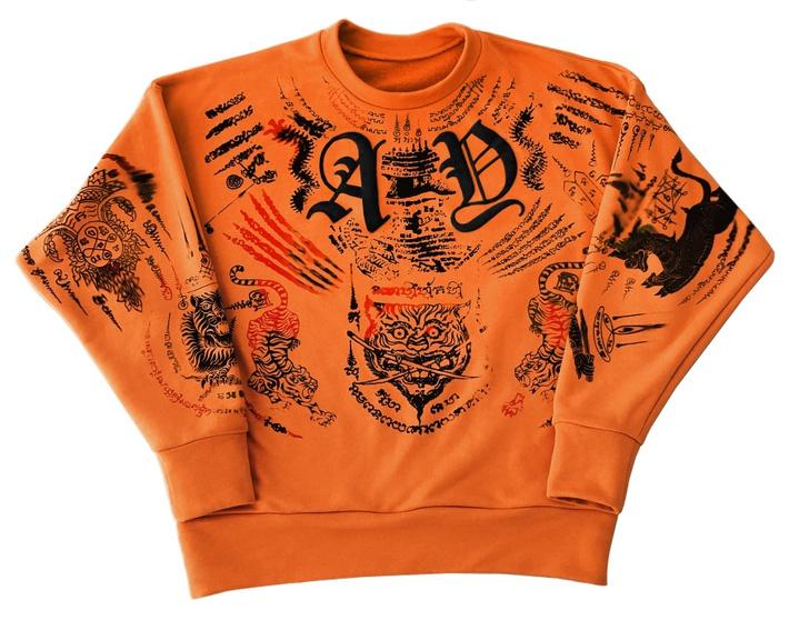 Фото №3 - Дизайнеры Outlaw Creative создали татуированный свитшот Outlaw Creative х Made For Bulleit