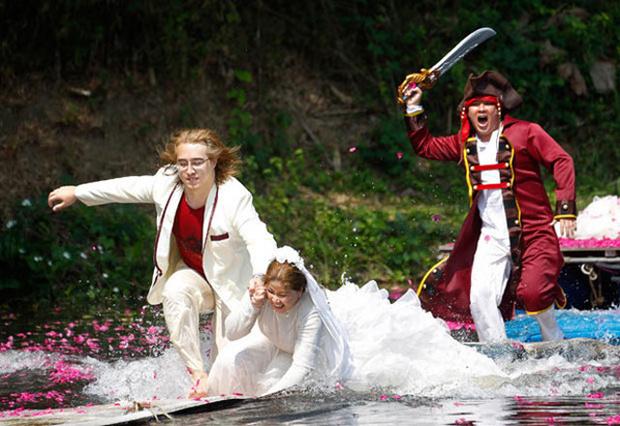 Фото №2 - Свадебные букмекеры