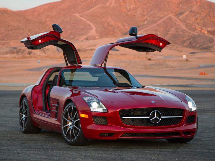 Фото №2 - Mercedes-AMG представляет ошеломительно быстрый гран-туризмо GT 4‑Door Coupe
