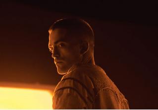 Мрачный трейлер космической драмы «Высшее общество»