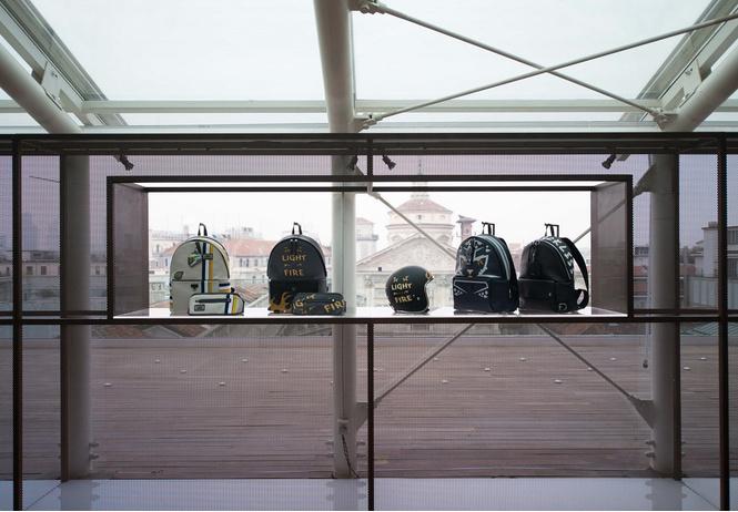 Furla представила коллекцию для безбашенных байкеров