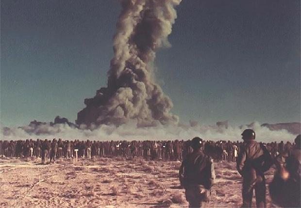 Фото №1 - Десктоп мизантропа: цветные фото атомных взрывов 1940—1960-х годов