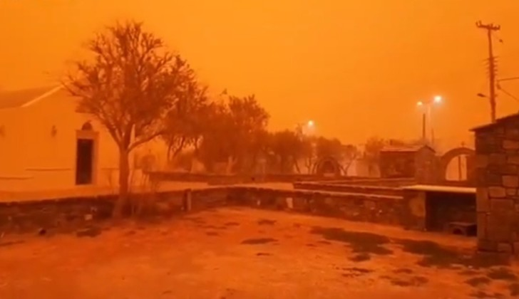 Фото №1 - Адская песчаная буря превратила остров Крит в Марс (фантастически апокалиптичные ВИДЕО и ФОТО)