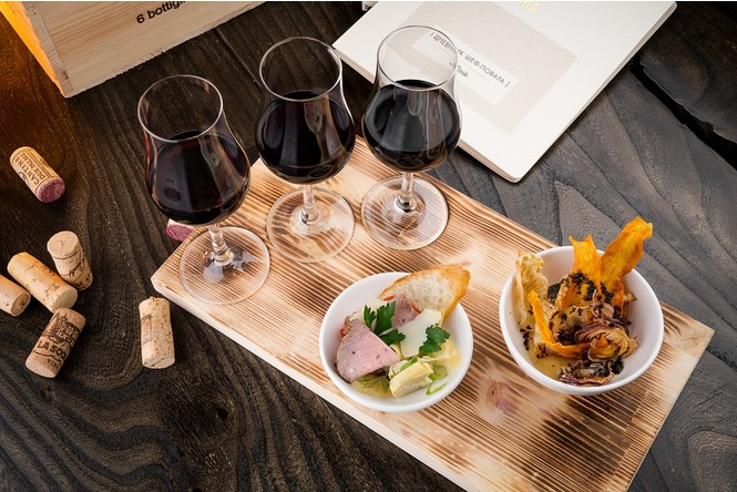 Уроки потребления вина в ресторане «Школа 0,75»