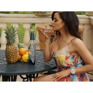 ...When you've had a LoNg DaY at work? relax with #organic #luxury @talerotequila?  @somniumlife thanks to my boys for this picture! ?Miss our dinners in #espana ?? (I don't even drink ?) #talerotequi...