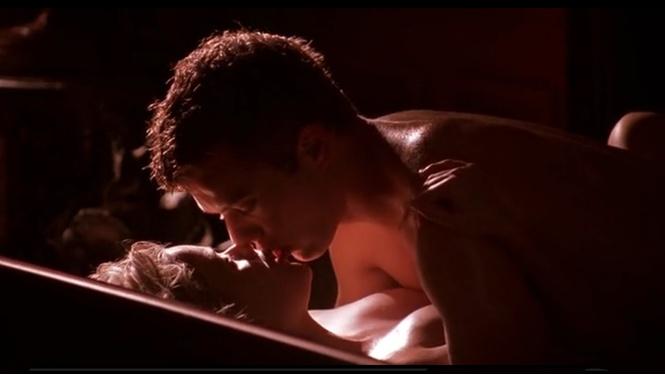 сцена секса в ванной