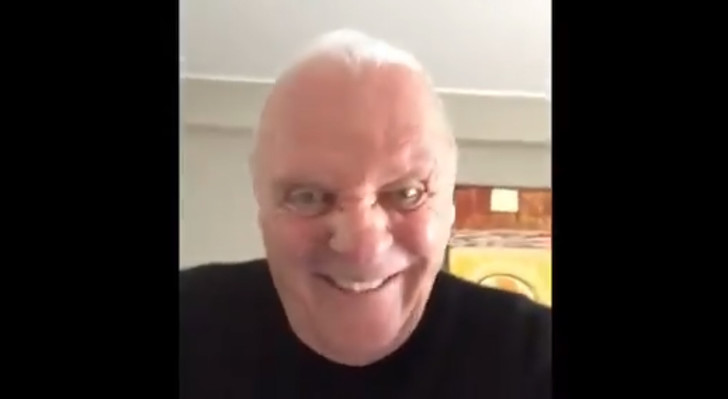 Фото №1 - Шутливое видео Энтони Хопкинса напугало Интернет!