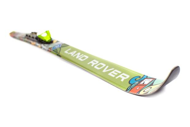 Фото №3 - Land Rover представил лыжную коллекцию